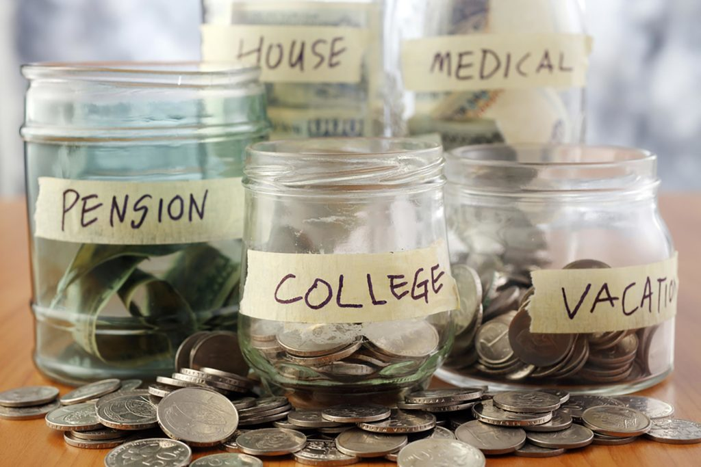 Budget Tracker: 3 Tips to Save and Grow your Money